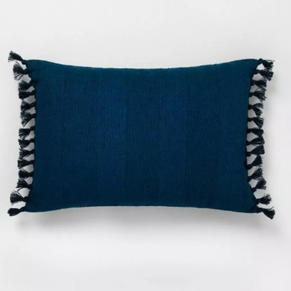HEARTH & HAND NEW rectangle throw pillow navy